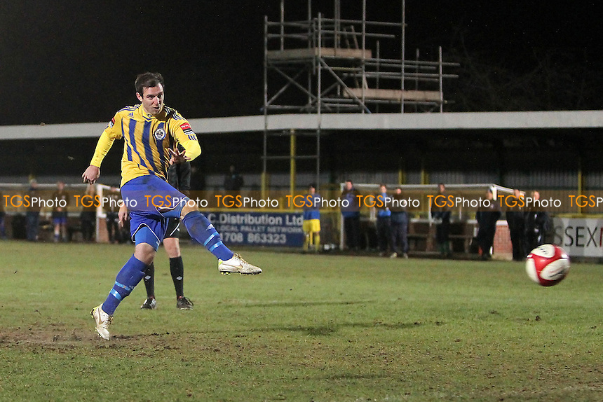 Nick Reynolds scores with the third Romford penalty in the shoot-out - Romford vs Barking - Essex Senior Cup 4th Round Football at Ship Lane, Thurrock FC - 05/12/12 - MANDATORY CREDIT: Gavin Ellis/TGSPHOTO - Self billing applies where appropriate - 0845 094 6026 - contact@tgsphoto.co.uk - NO UNPAID USE.