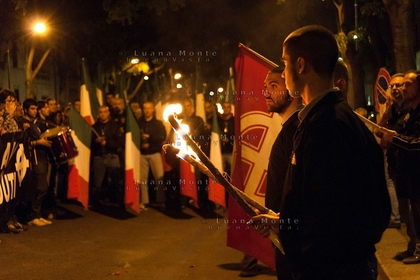 Manifestazione gruppi e partiti di estrema destra. Milano, 29 aprile 2012.....Fair right groups and party demonstration. Milan, April 29, 2012