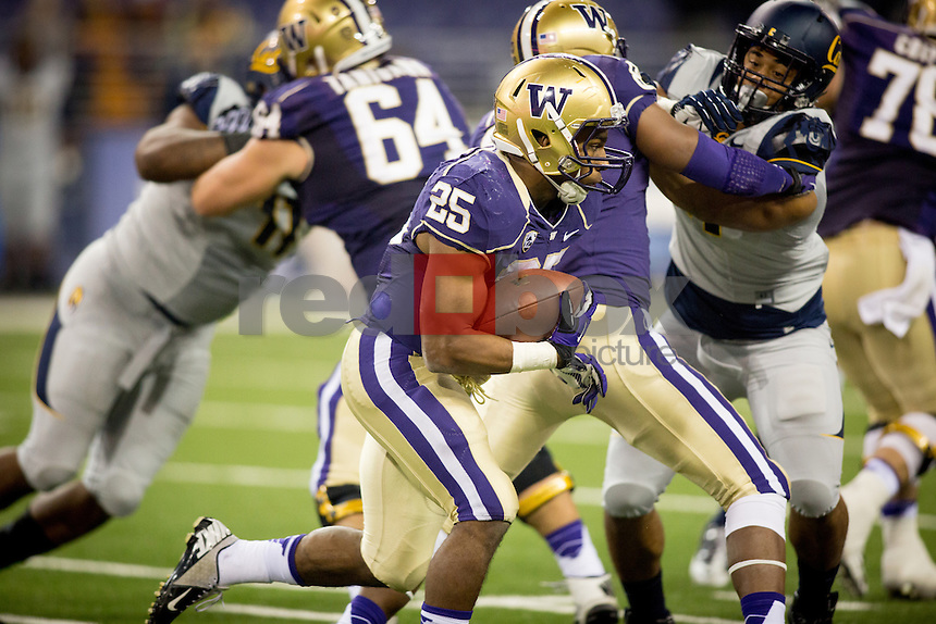 The University of Washington Huskies football team defeats the California Golden Bears 41-17 at Husky Stadium on Saturday October 26, 2013. (Photo by Scott Eklund/Red Box Pictures)