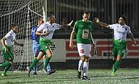 Torhout KM - Jong Lede  :  Frederik Declercq (links) viert zijn doelpunt met Janis Coppin (r)<br /> Foto David Catry | VDB | Bart Vandenbroucke