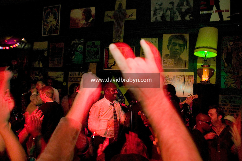 31 December 2006 - August, GA - Musicians who played with James Brown perform on stage at the Soul Bar, in Augusta, GA, early on 31 December 2006. US singer James Brown died on Christmas day 2006 and was remembered in a homecoming celebration attended by locals, guests and family in Augusta on 30 December 2006.