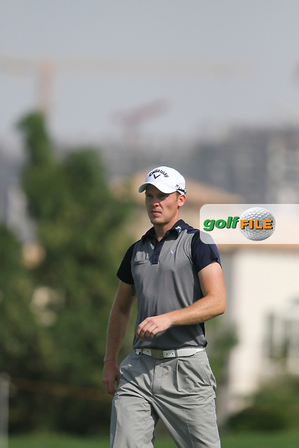 Danny Willett (ENG) on the 8th during Round 2 of the DP World Tour Championship, Jumeirah Golf Estates, Dubai, United Arab Emirates. 23/11/12...(Photo Jenny Matthews/www.golffile.ie)