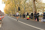 2019-11-17 Fulham 10k 012 JH New Kings Rd rem