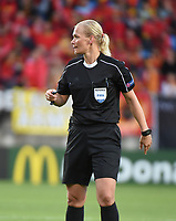 20170724 - TILBURG , NETHERLANDS : referee Bibiane Steinhaus  pictured during the female soccer game between Belgium and The Netherlands  , the thirth game in group A at the Women's Euro 2017 , European Championship in The Netherlands 2017 , Monday 24 th June 2017 at Stadion Koning Willem II  in Tilburg , The Netherlands PHOTO SPORTPIX.BE | DIRK VUYLSTEKE