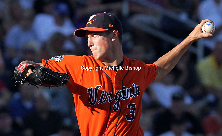 Virginia starting pitcher Kyle Crockett (3) throws against South Carolina. South Carolina beat Virginia 3-2 in 13 innings at the College World Series on June 24, 2011 in Omaha, Neb. (Photo by Michelle Bishop)..