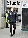 nph0001:  Trainer Jens Keller (Nuernberg) mit Mundschutz<br /> Hamburg, 17.05.2020, Fussball 2. Bundesliga, FC St. Pauli - 1. FC Nuernberg <br /> <br /> Foto: Tim Groothuis/Witters/Pool/via Kokenge/nordphoto