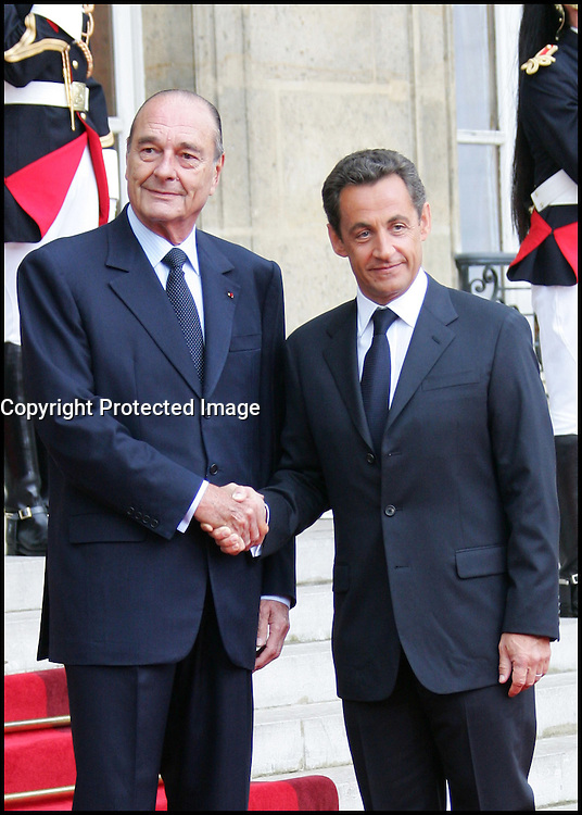 Passation de pouvoir entre les prÈsidents Jacques Chirac et Nicolas Sarkozy ‡ l'ElysÈe #