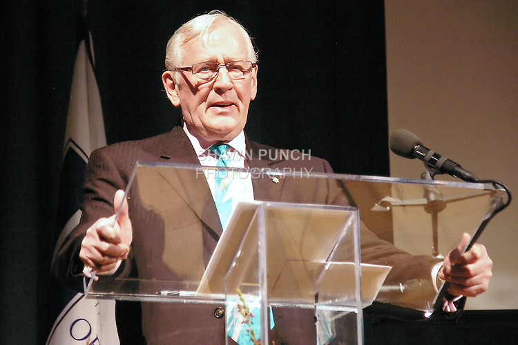Len Cariou speaks at the John Jay Justice Award ceremony, April 5 2011.