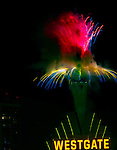 2016 New Years Eve Grucci Fireworks, ver the Stratosphere Las Vegas Nevada