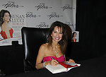 06-18-11 Susan Lucci - All My Life book signing