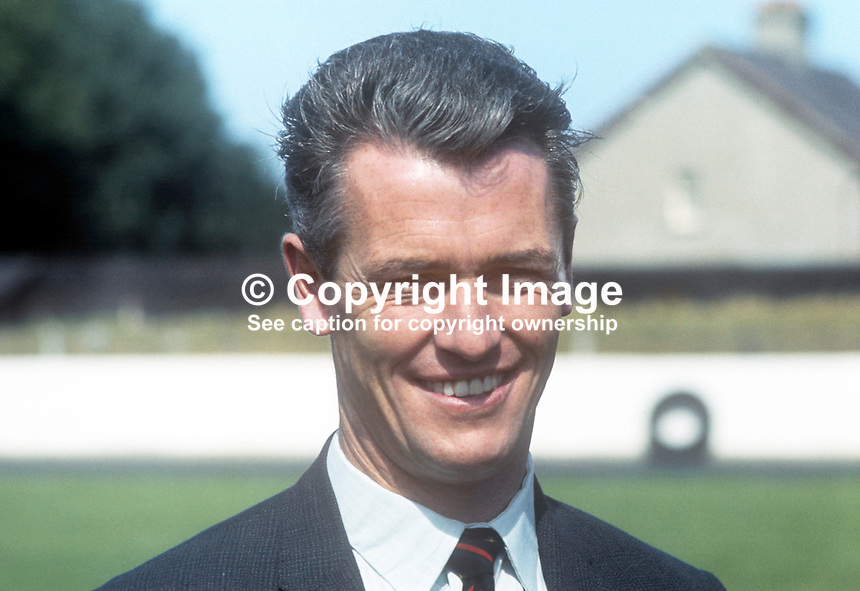 Peter McParland, player, manager, player-manager, Glentoran FC, Belfast, N Ireland, August, 1969, 196908000226a<br />