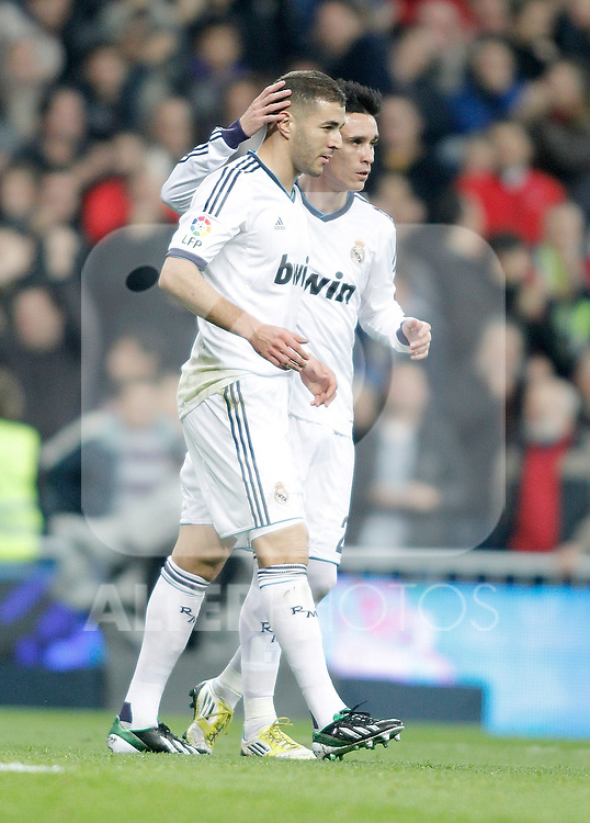 Real Madrid's Karim Benzema celebrates with Jose Callejon during La Liga Match. November 17, 2012. (ALTERPHOTOS/Alvaro Hernandez)