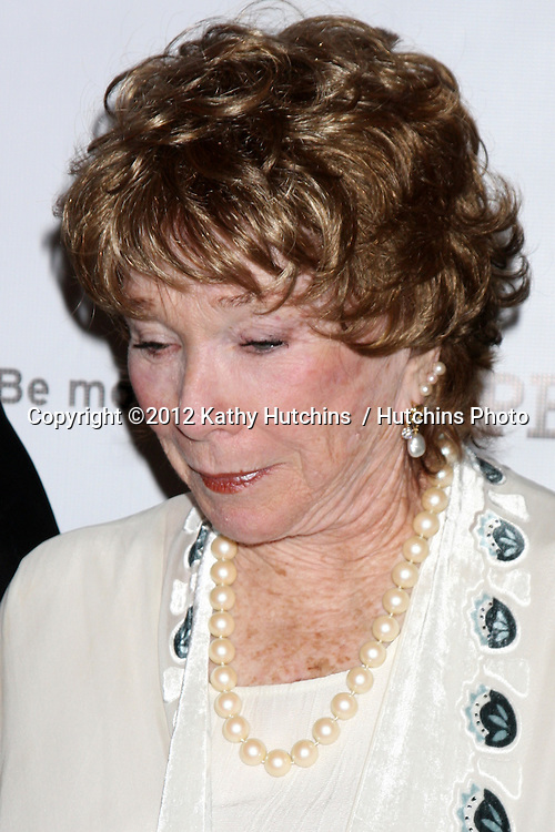 """LOS ANGELES - JUL 21:  Shirley MacLaine at a photocall for """"Downton Abby"""" at Beverly Hilton Hotel on July 21, 2012 in Beverly Hills, CA"""
