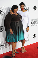 Jennifer Hudson & sister Julia Hudson at the 2014 People's Choice Awards at the Nokia Theatre, LA Live.<br /> January 8, 2014  Los Angeles, CA<br /> Picture: Paul Smith / Featureflash