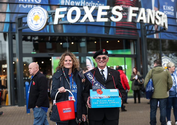poppy Appeal<br /> <br /> Photographer Rachel Holborn/CameraSport<br /> <br /> The Premier League - Saturday 10th November 2018 - Leicester City v Burnley - King Power Stadium - Leicester<br /> <br /> World Copyright © 2018 CameraSport. All rights reserved. 43 Linden Ave. Countesthorpe. Leicester. England. LE8 5PG - Tel: +44 (0) 116 277 4147 - admin@camerasport.com - www.camerasport.com