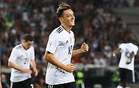 celebrate the goal, Torjubel zum 1:0 von Mesut Özil (Deutschland Germany) - 04.09.2017: Deutschland vs. Norwegen, Mercedes Benz Arena Stuttgart