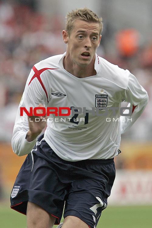 FIFA WM 2006 -  Gruppe B  Vorrunde ( Group B )<br /> Play   #19 (15-Jun) - England vs Trinidad and Tobago<br /> <br /> CROUCH<br /> <br /> Foto &copy; nordphoto