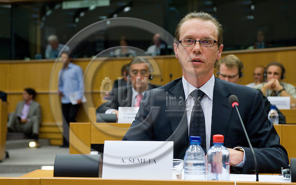 Brussels-Belgium - 01 September 2009 -- Algirdas SEMETA (?emeta), EU-Commissioner designate from Lithuania for Financial Programming and Budget is heard by the Budgets Committee of the European Parliament -- Photo: Horst Wagner / eup-images