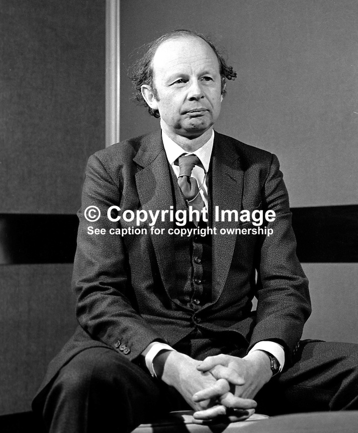 Sir Fred Catherwood, N Ireland-born chairman, Institute of British Managers, takes questions at a press conference in Belfast during a visit to address the Ulster Society of Chartered Accountants. 197411110611..Copyright Image from Victor Patterson, 54 Dorchester Park, Belfast, UK, BT9 6RJ..Tel: +44 28 9066 1296.Mob: +44 7802 353836.Voicemail +44 20 8816 7153.Skype: victorpattersonbelfast.Email: victorpatterson@me.com.Email: victorpatterson@ireland.com (back-up)..IMPORTANT: If you wish to use this image or any other of my images please go to www.victorpatterson.com and click on the Terms & Conditions. Then contact me by email or phone with the reference number(s) of the image(s) concerned.