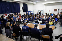 La Leggenda del Pugilato Marvi Hagler incontra i ragazzi di una scuola di Secondigliano per parlare di Bullismo