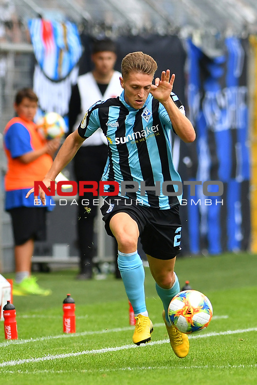 11.08.2019, Carl-Benz-Stadion, Mannheim, GER, DFB Pokal, 1. Runde, SV Waldhof Mannheim vs. Eintracht Frankfurt, <br /> <br /> DFL REGULATIONS PROHIBIT ANY USE OF PHOTOGRAPHS AS IMAGE SEQUENCES AND/OR QUASI-VIDEO.<br /> <br /> im Bild: Jan Hendrik Marx (SV Waldhof Mannheim #26)<br /> <br /> Foto © nordphoto / Fabisch