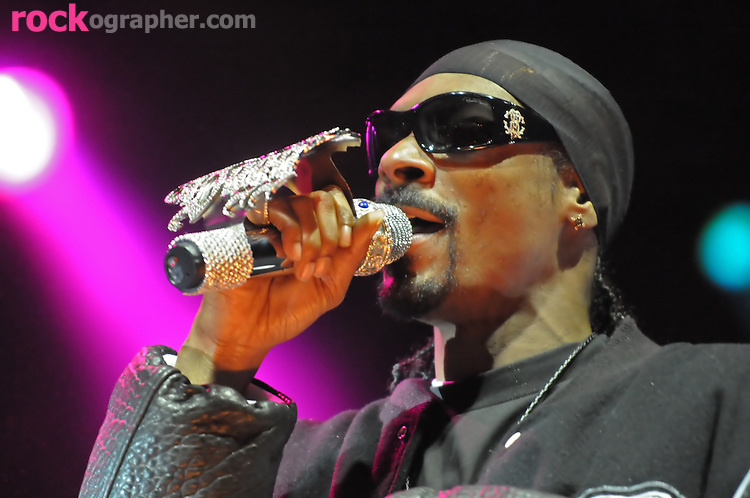 Hip Hop Star Snoop Dogg performs at the Bamboozle Festival 2008, Meadowlands NJ