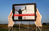 Almere- Reclamebord  om meer ondernemers naaar de gemeente te trekken