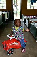 RWANDA, Butare, health center Gikonko / RUANDA, Butare, Institut Saint Boniface, Krankenstation Gikonko