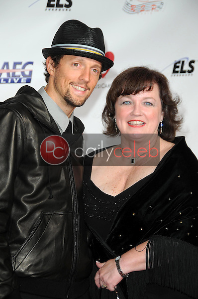Jason Mraz<br />at the 2009 Musicares Person of the Year Gala. Los Angeles Convention Center, Los Angeles, CA. 02-06-09<br />Dave Edwards/DailyCeleb.com 818-249-4998