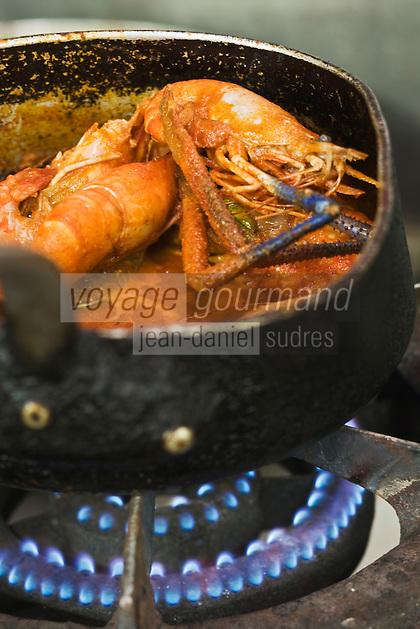 France/DOM/Martinique/Le Morne-Rouge:  fricassée de z'habitants 'écrevisses  sauvages locales  - recette de Mr Erel de l'Auberge de la Montagne Pelée