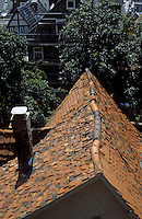 Marburg: Old houses--old roofs. Photo '87.