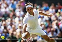 London, England, 6 th July, 2016, Tennis, Wimbledon, Quarter final men, Roger Federer (SUI)  in action during his match against Marin Cilic (CRO)<br /> Photo: Henk Koster/tennisimages.com