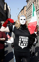 Manifestazione nazionale dei lavoratori precari a Roma, 9 aprile 2011..Unstable workers attend a street parade in Rome, 9 april 2011..UPDATE IMAGES PRESS/Riccardo De Luca