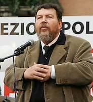 "Il giornalista Giuliano Ferrara parla alla manifestazione indetta dalla sua lista ""Aborto? No grazie"" a Roma, 8 marzo 2008..Italian journalist Giuliano Ferrara speaks during a rally promoted by his list ""Abortion? No thanks"" in Rome, 8 march 2008..UPDATE IMAGES PRESS/Riccardo De Luca"
