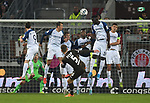 08.11.2019,  GER; 2. FBL, FC St. Pauli vs VfL Bochum ,DFL REGULATIONS PROHIBIT ANY USE OF PHOTOGRAPHS AS IMAGE SEQUENCES AND/OR QUASI-VIDEO, im Bild  Marvin Knoll (Pauli #05) schiesst auf das Tor von Bochum Foto © nordphoto / Witke
