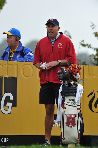 30.09.2010 Steve Williams caddy of Tiger Woods in action during practice at the Ryder Cup 2010 course, Celtic Manor resort, Newport, Wales on the third practice day of the Ryder Cup 2010 between Europe and USA.