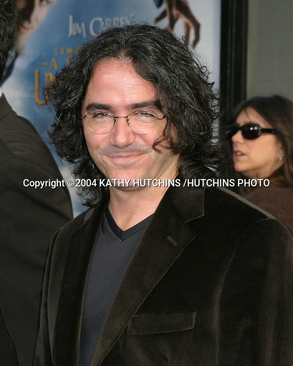"""©2004 KATHY HUTCHINS /HUTCHINS PHOTO.LEMONY SNICKETS - .A SERIES OF UNFORTUNATE EVENTS"""".LOS ANGELES, CA.DECEMBER 12, 2004..BRAD SILBERLING."""