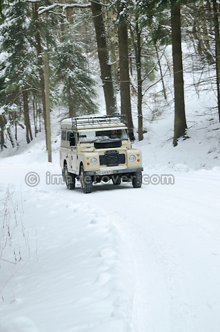 Germany, Land Rover Classic Club 2005. Siegfried Liemke Land Rover Series 3 Dormobile. --- No releases available. Automotive trademarks are the property of the trademark holder, authorization may be needed for some uses.