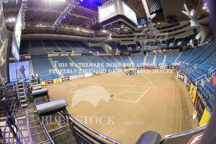 Arena of PBR Real Time Pain Relief Velocity Tour event in Hartford, CT -  Photo by Andre Silva