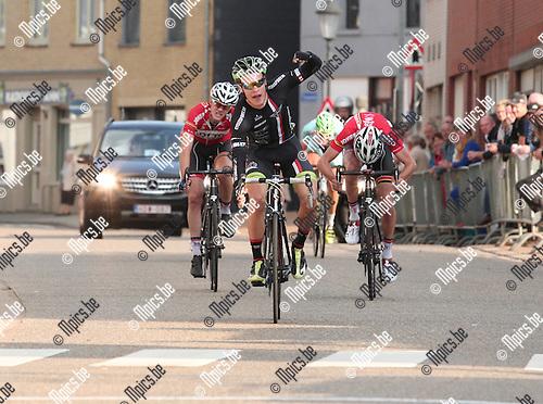 2014-09-21/ Wielrennen / Seizoen 2014/ Meerhout / Elite  / foto mpics.be / Matti Manninen is met ruime voorsprong de snelste, Mathias Van Gompel (r) met de tweede plaats en Dries Van Gestel op drie.