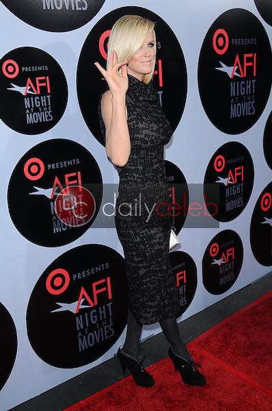Jenny McCarthy<br />at AFI Night at the Movies presented by Target. Arclight Theater, Hollywood, CA. 10-01-08<br />Dave Edwards/DailyCeleb.com 818-249-4998