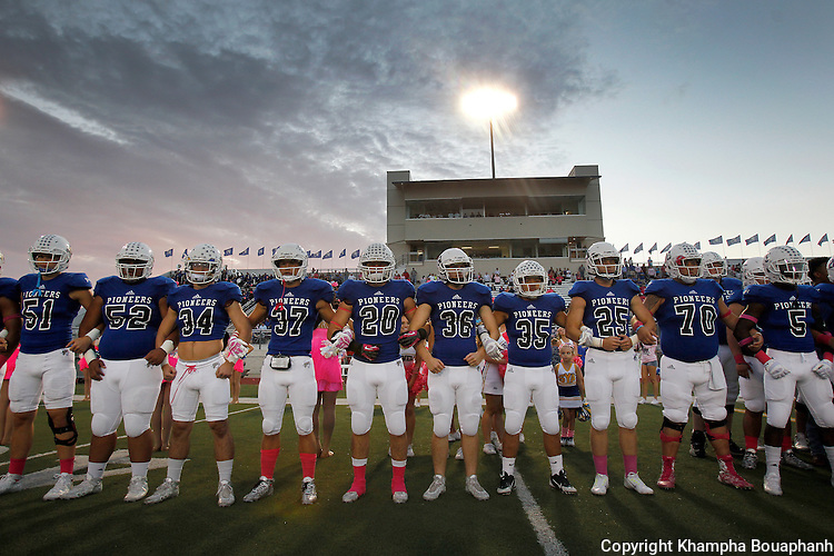 Saginaw plays Boswell in district 5-5A high school football in Fort Worth on Friday, October 9, 2015.