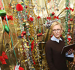Cate Blanchett and Josh Groban during the cast of 'Hamilton' 2016 Door Decorating Competition at Richard Rodgers Theatre on December 23, 2016 in New York City.