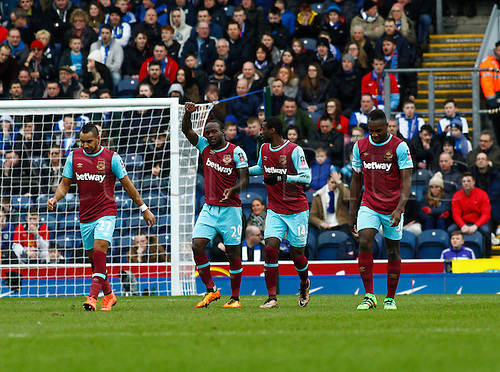 21.02.2016. Ewood Park, Blackburn, England. Emirates FA Cup 5th Round. Blackburn Rovers versus West Ham United. West Ham midfielder Victor Moses (20) is congratulated by team mates after scoring his team's first goal for 1-1.