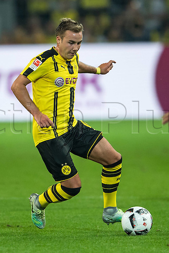 23.09.2016. Dortmund, Germany. German Bundesliga Football. Borussia Dortmund versus SC Freibrug.  Mario Goetze (Borussia Dortmund 10)