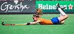 BLOEMENDAAL -  Carmel Bosch (Bldaal) tijdens de tweede Play Out wedstrijd hockey dames, Bloemendaal-MOP (5-1)  COPYRIGHT KOEN SUYK