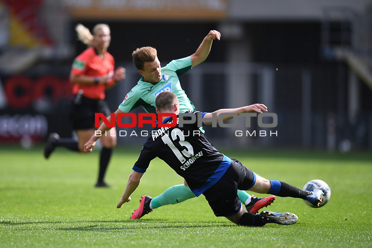 Dennis Geiger (TSG 1899 #8) gegen Sebastian Schonlau (SC Paderborn #13),<br /><br />Foto: Edith Geuppert/GES /Pool / Rauch / nordphoto <br /><br />DFL regulations prohibit any use of photographs as image sequences and/or quasi-video.<br /><br />Editorial use only!<br /><br />National and international news-agencies out.