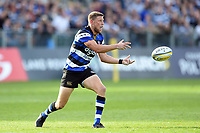 Rhys Priestland of Bath Rugby passes the ball. Aviva Premiership match, between Bath Rugby and Newcastle Falcons on September 23, 2017 at the Recreation Ground in Bath, England. Photo by: Patrick Khachfe / Onside Images