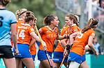 BLOEMENDAAL - Jvreugde bij 2-0 bij Bloemendaal  , 2e play out wedstrijd tussen Bloemendaal-HGC dames (2-0). COPYRIGHT KOEN SUYK