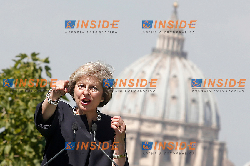 Theresa May<br /> Roma 27-07-2016 Villa Pamphilj. Incontro tra il primo ministro italiano e la neo premier Inglese.<br /> Italian Premier meets the new English Prime Minister.<br /> Photo Samantha Zucchi Insidefoto